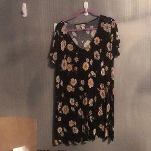 Black Floral T-shirt Dress